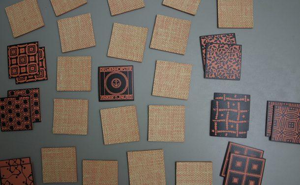 Historische Muster auf haptisch wunderbaren Linoleumstücken von memoleum